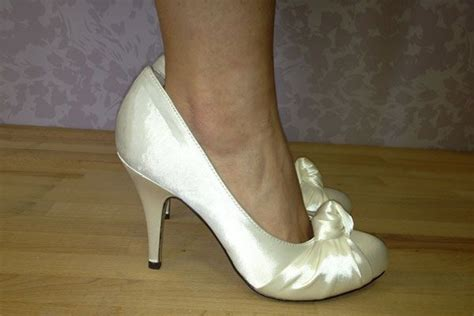 the most comfortable wedding shoes 1000 ideas about designer wedding shoes on pinterest