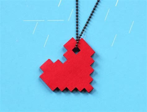 Cool Things You Can Make Out Of Paper - diy pixel necklace how about orange