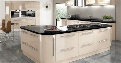 welford cream luca gloss alabaster kitchens buy cream gloss kitchen with integrated handle and granite