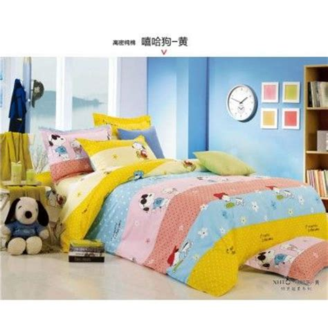 snoopy bedding 20 best images about peanuts bedding on pinterest cartoon twin bedding sets and