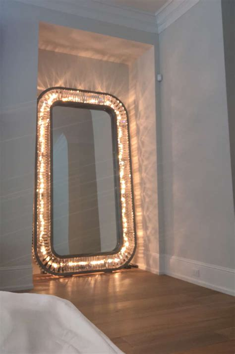 length mirror with lights jenners light up length mirror on the hunt