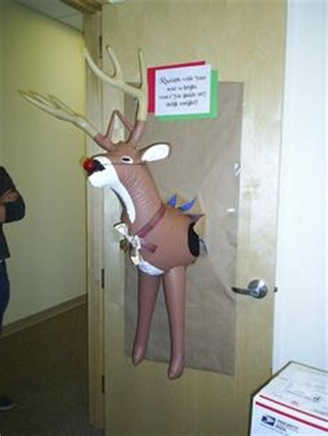 funny christmas door office contest 1000 images about door decorating on door decorations door