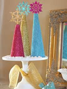how to make glitter tree decorations how tos diy