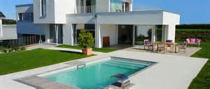 Modern Budget Deck piscinelle fabricant de piscines co design