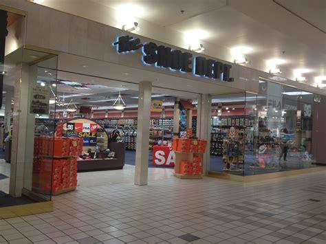 shoe dept bay city mall s shoe dept undergoing expansion rue21