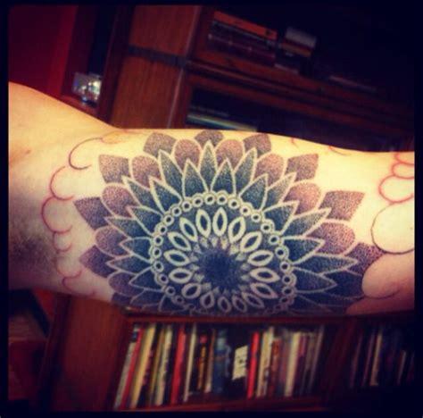mandala tattoo upper arm dotwork mandala tattoo upper arm tattoo pinterest