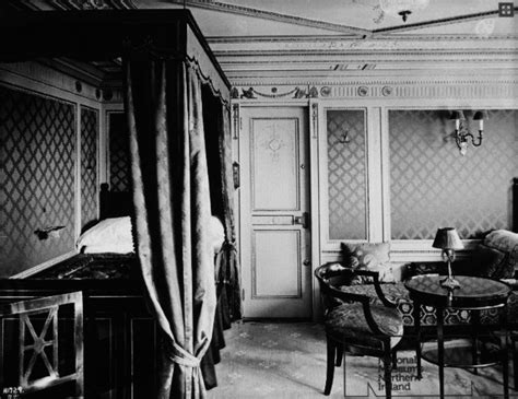 titanic 1st class bedrooms titanic first class suite bedroom titanic pinterest