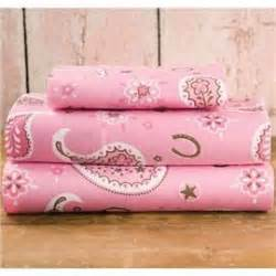 hton swirly paisley bedroom pbteen pretty pink boudior pinte 143 best images about presley s room on pinterest