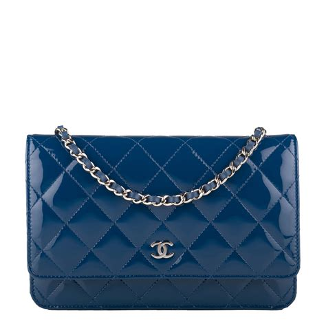 Sale Tas Wanita Lv Classic Woc chanel blue quilted patent classic wallet on chain woc world s best