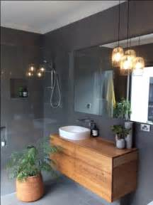 Grey Tiled Bathroom Ideas 25 Best Ideas About Grey Tiles On Pinterest Grey