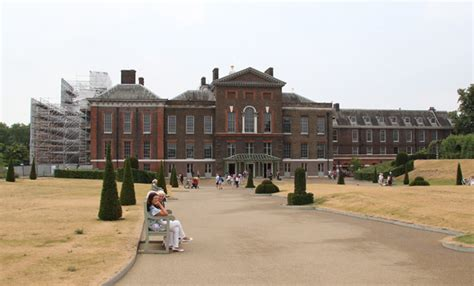 royalty kate and william s kensington palace home in no plans for middleton family annex at william and kate
