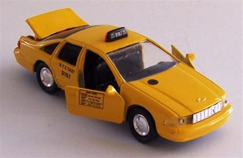 Diecast Chevrolet Taxi road chs 6430 60 1 43 scale diecast 1995 chevy caprice