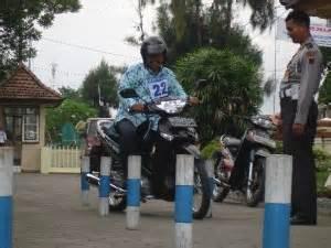 persyaratan membuat sim sepeda motor pengalaman membuat sim c sehari jadi tanpa calo atau biro