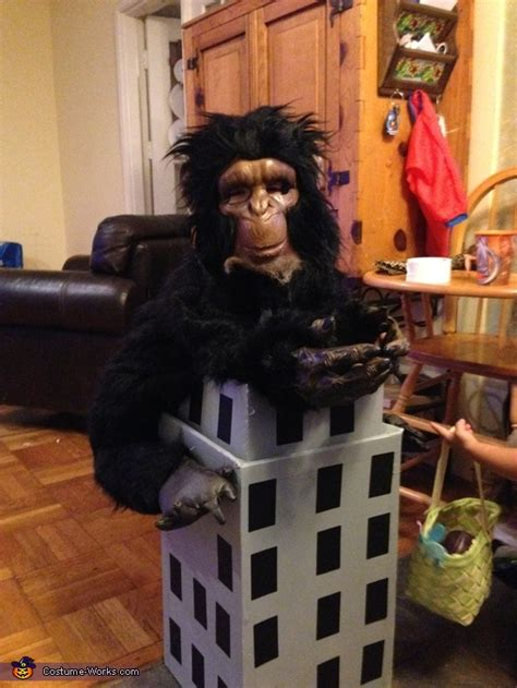 king kong  empire state building costume