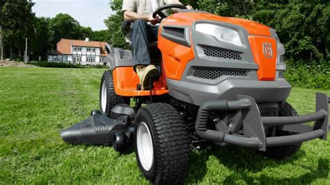 tune   lawn mower  tractor