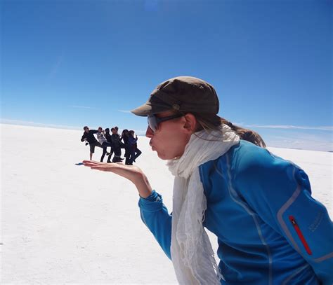 travel photography ideas taking crazy pictures at the salar de uyuni bolivia