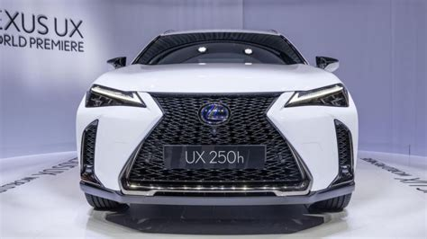 2020 Lexus Ux 250h by 2019 Lexus Ux 200 And Ux 250h Crossovers Revealed At