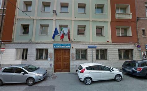 ufficio immigrazione rimini minorenne albanese quot abbandonato quot davanti alla questura