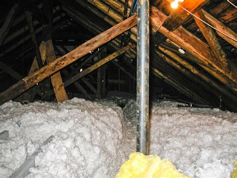 traditional types of insulation used in walls and attic