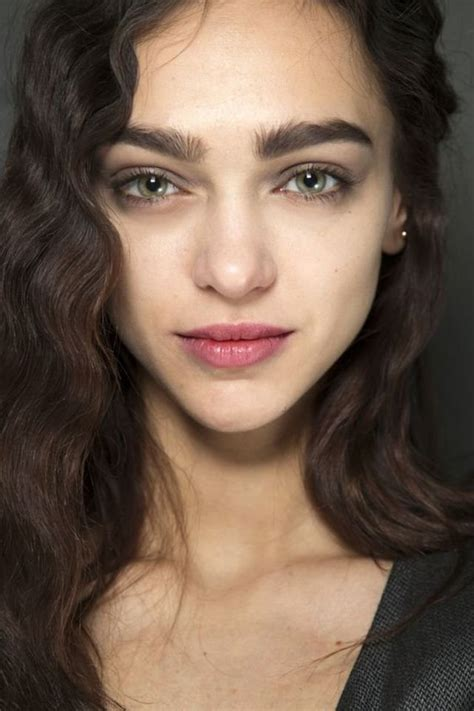gsllery of photos of big heavy beautiful eomen 18 photos that capture the beauty of thick eyebrows