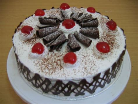 membuat bolu ultah resep membuat kue tart ulang tahun black forest sendiri