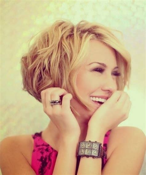 trubridal wedding blog 20 layered hairstyles for short trubridal wedding blog 20 layered hairstyles for short