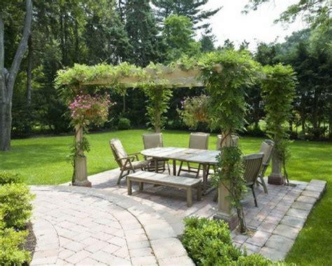 pavillon bepflanzen garten pergola eine idylle im freien archzine net