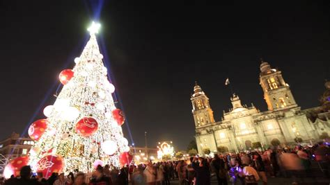 imagenes del zocalo adornado de navidad arboles de navidad grandes y bellos