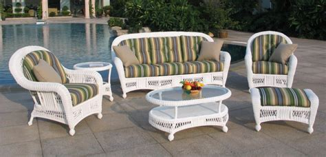 White Wicker Outdoor Furniture Sets Decor Ideasdecor Ideas White Wicker Patio Furniture Sets
