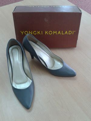 Toko Grosir Sepatu Yongki Komaladi jual high heels yongki komaladi office heels casual heels sepatu kerja butik import korea