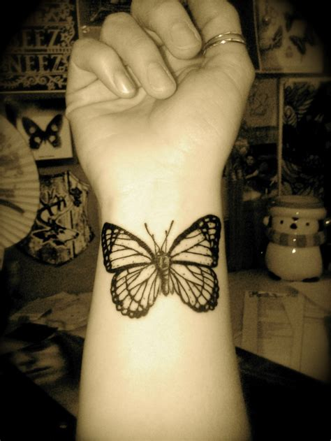 wrist butterfly tattoo designs 495 best butterfly tattoos images on