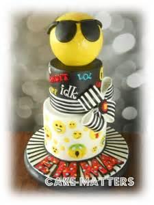 wedding cake emoji emoji cake by cakematters cakesdecor