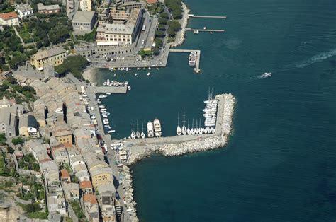 porto di portovenere porto di portovenere in portovenere liguria italy