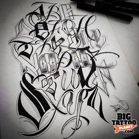 lettering tattoo artist london varokluvb lettering tattoo big tattoo planet
