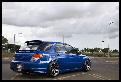 lowered subaru impreza wagon subaru wrx wagon 2005
