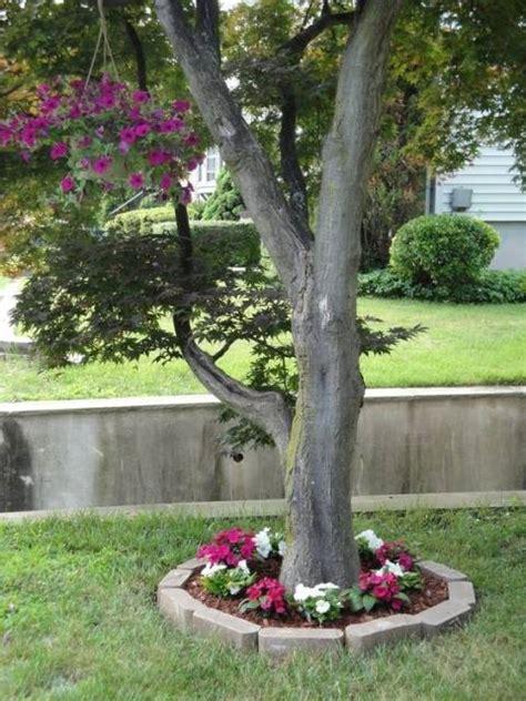 Garden Ideas Around Trees Garden Decorating Ideas 15 Small Flower Gardens Around Trees