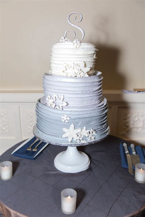 Wedding Cake Flavours 2017 by Popular Wedding Cake Flavors 2017