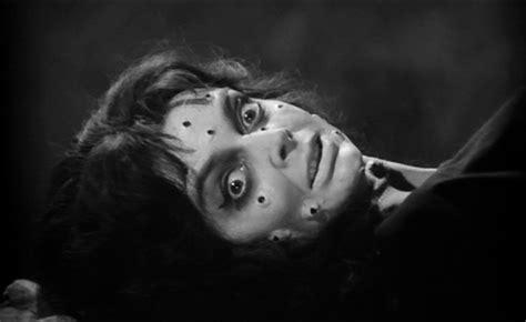 Film Horror Zombie In Italiano Completi   film horror completi in italiano 171 officine cinematografiche