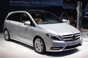 2012 mercedes b class gets big car features autoblog