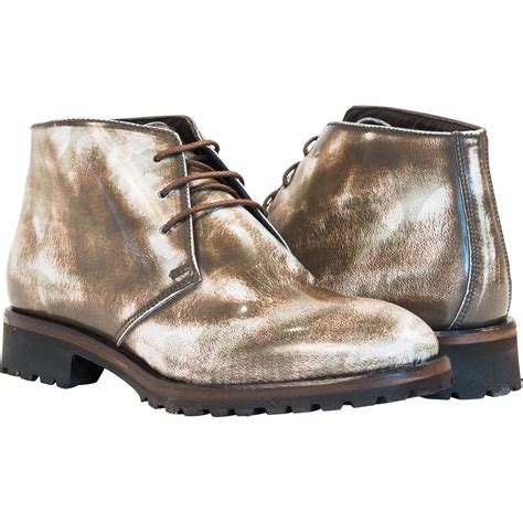 spray painting boots jules brown spray paint desert chukka boots paolo shoes