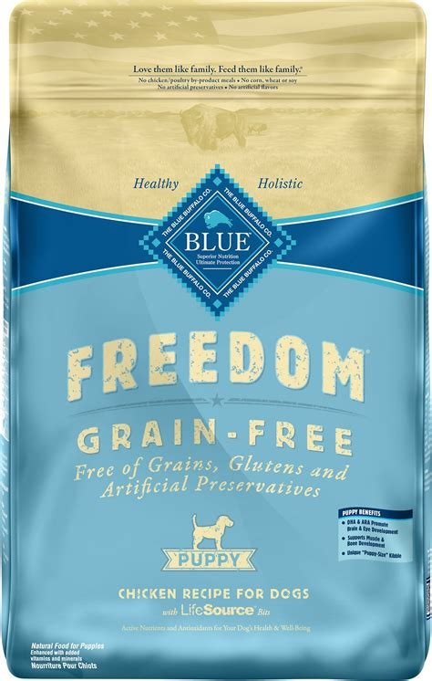 blue buffalo freedom puppy blue buffalo freedom puppy chicken recipe grain free food 24 lb bag chewy