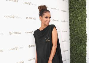 Halle Sets The Record Hollyscoop by Parents To Be Maks Peta Will Make Baby Their