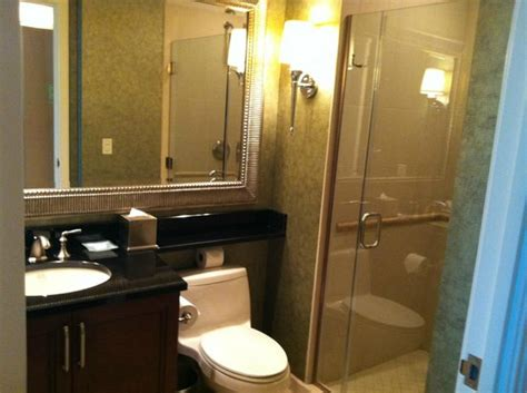 Mgm Grand Bathroom by Bathroom Picture Of Signature At Mgm Grand Las