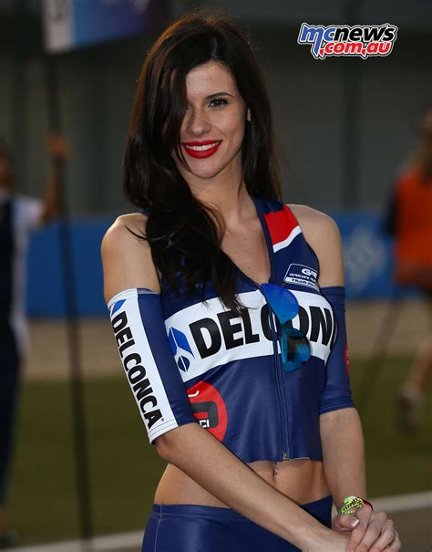 Qatar MotoGP Grid Girls 2016   MCNews.com.au