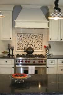 backsplash hood kitchen