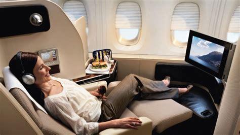 ways  snag  cheap international business class flight