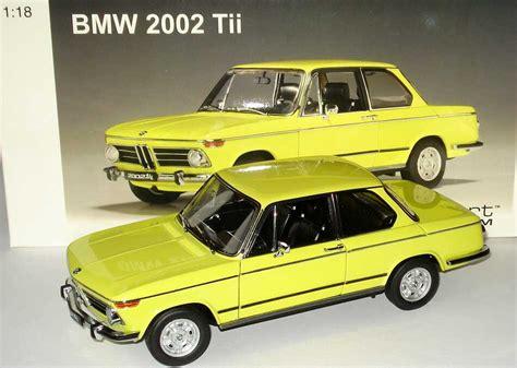 1:18 BMW 2002 Tii gelb AUTOart 70508