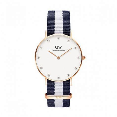 montre femme tendance daniel wellington nato 0953dw petits prix montres diffusion