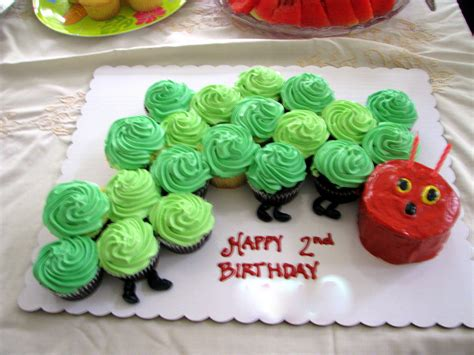 raupe nimmersatt kuchen the hungry caterpillar cake child s play