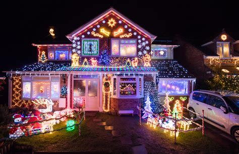 Pictures Of Lights On Houses Most Spectacular Light Displays In The
